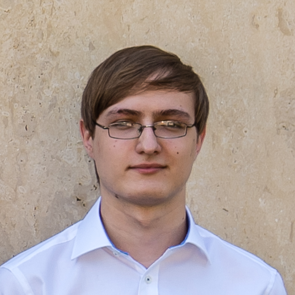 Auszubildender im IT-Bereich, Netzwerkkünstler.  Weiterlesen  Lennart Ochs, 1997 in Frankfurt geboren, absolviert sein berufsbegleitendes Praktikum in der Agentur Hartmann Nagel Art